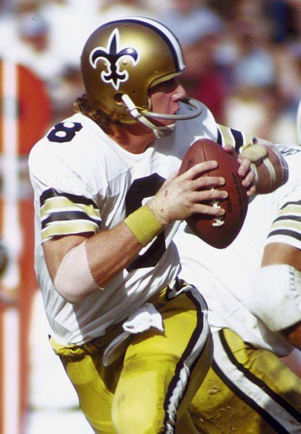 QB Archie Manning. New Orleans Saints, Houston Oilers, Minnesota