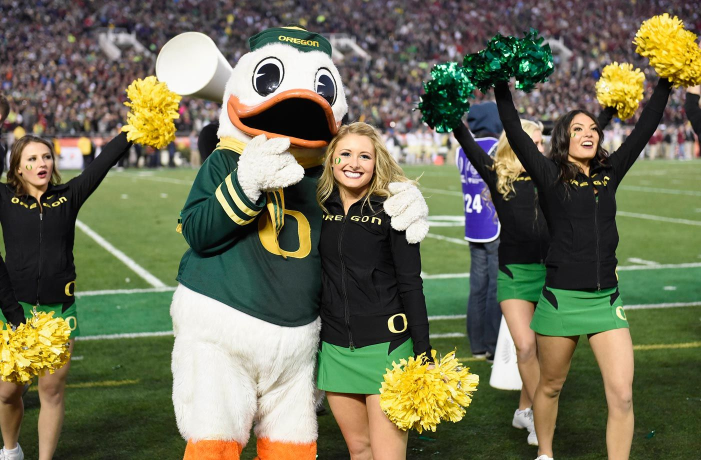 Pin by Kimberly Paulsonn on Oregon Ducks Cheerleaders