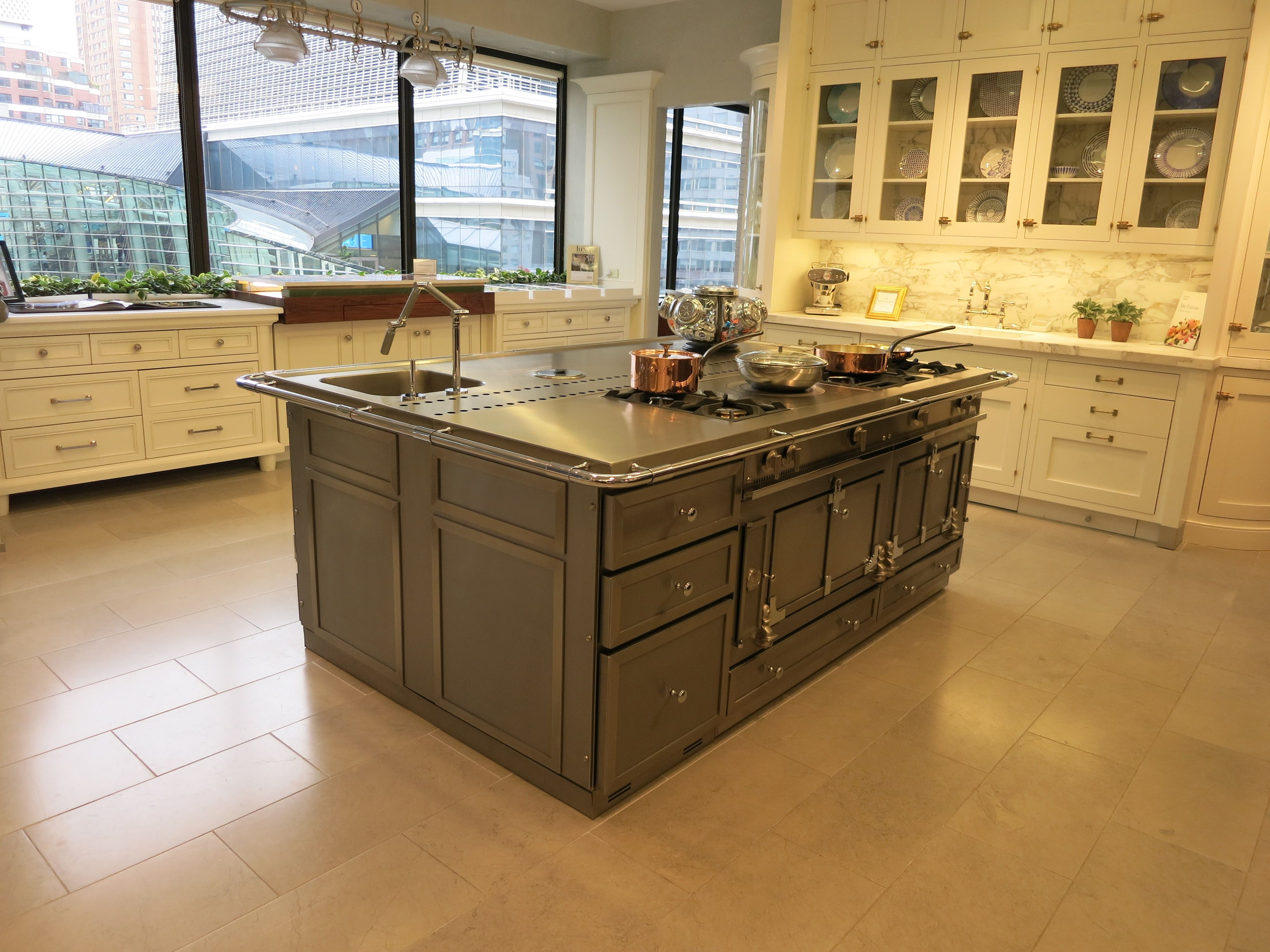 La Cornue Stainless Steel Island You Can It Before We Remove From The Showroom S A Display So Pre Owned But Never Used