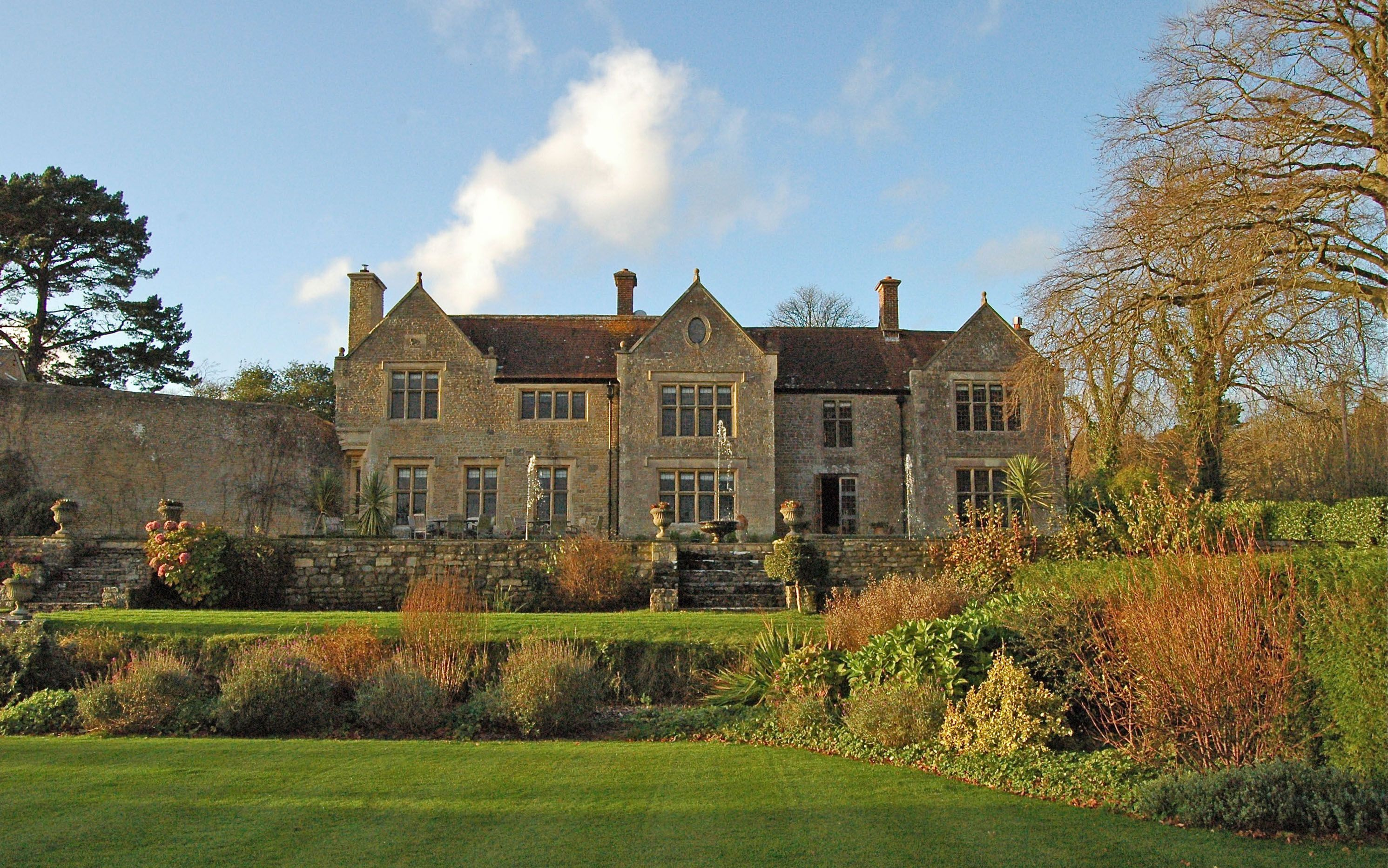 Sleeps Up To Available For Exclusive Use Private Hire Beautiful Dorset Stone Manor House Perfect Weddings Special Celebrations And Parties