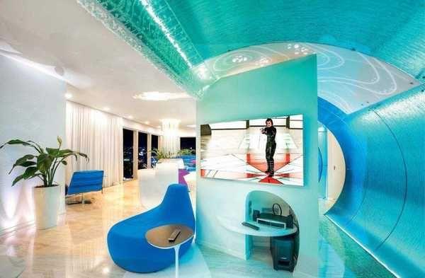 Fantastic Penthouse Design And Interior Decorating In Avant Garde