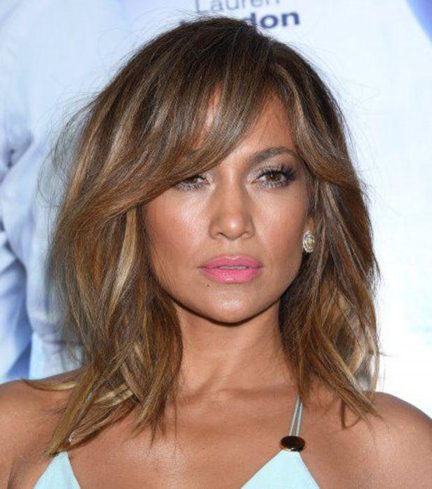 Coupe cheveux long degrade pour visage rond