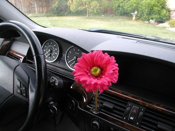 Car Flower Vase Clips To Any Air Vent Autovase