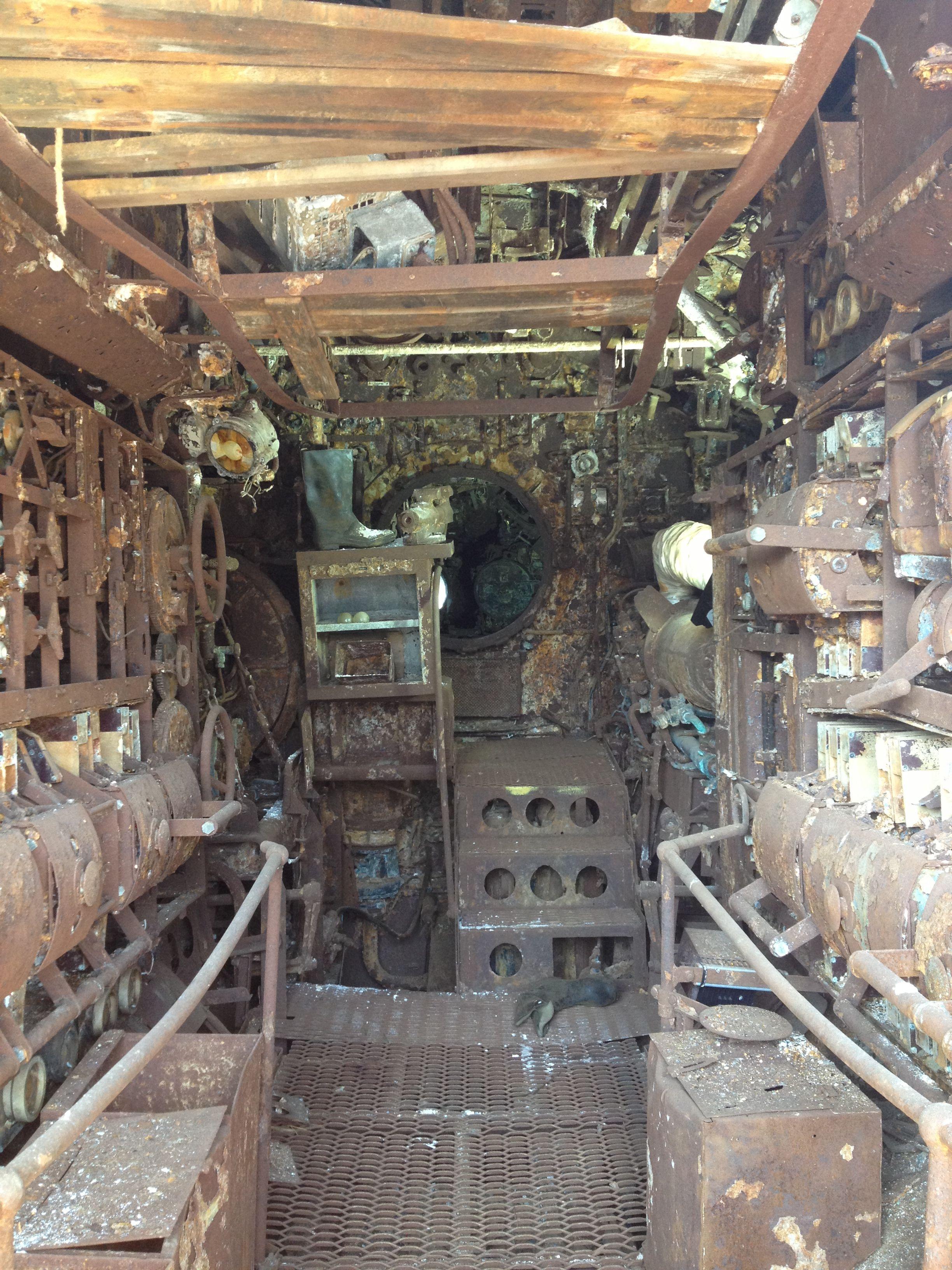 Look through the salvaged German U-Boat U-524   Submarines
