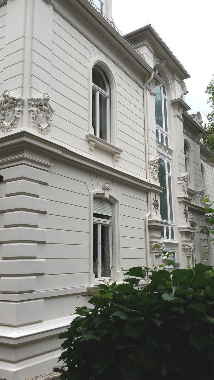 Wiesbaden, das Auge wohnt mit. Herrliche Jugendstil-Fassaden ...