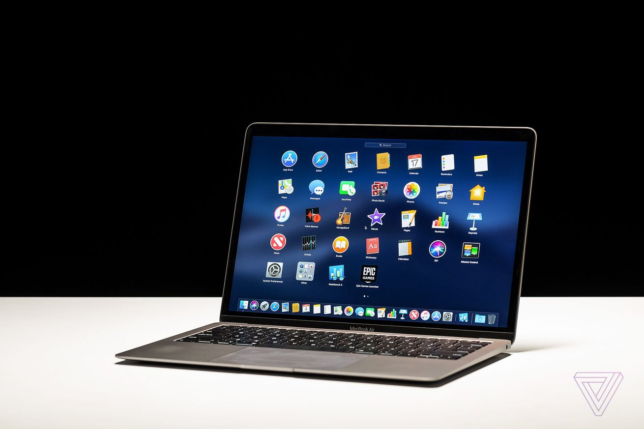 Apple Adds True Tone Display To The Macbook Air And Touch Bar To The Entry Level Macbook Pro Apple Macbook Air Apple Macbook Macbook