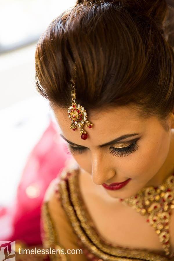 Pin By Puja Shah On Makeup Hair By Gokalove Com Indian Wedding Makeup Bride Beauty Bridal Hair And Makeup