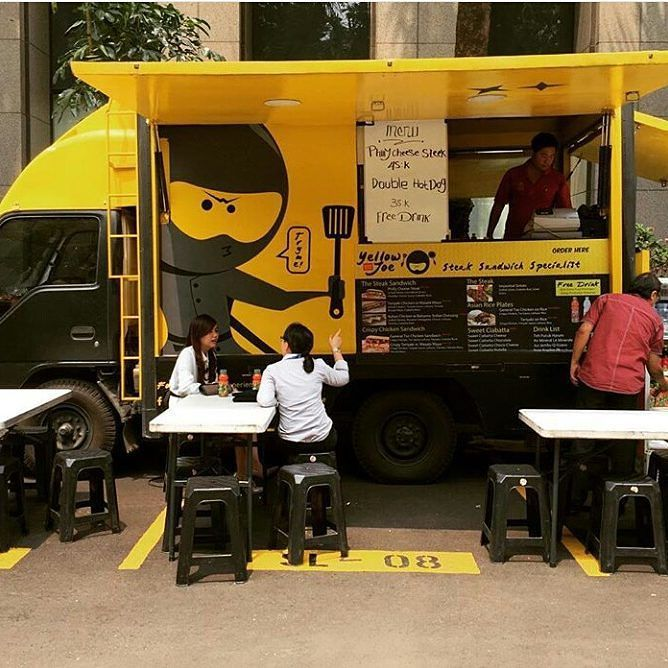 Jakarta Menu Favorite Di Foodtruck Chefyellowjoe Ada Philly