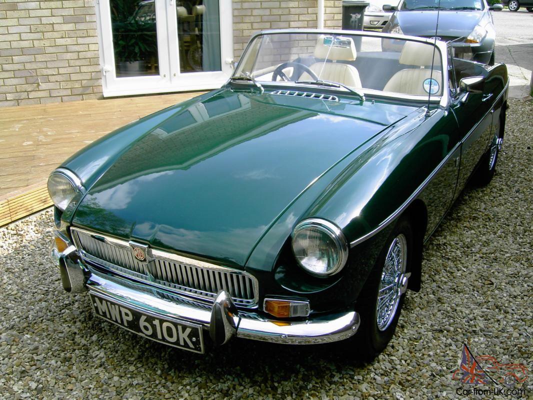 MGB Roadster, 1972, British Racing Green | Cars | Pinterest | Sports ...