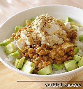 夜に食べるといい!?納豆の恐るべきパワーと効果的な食べ方をご紹介|CAFY [カフィ]