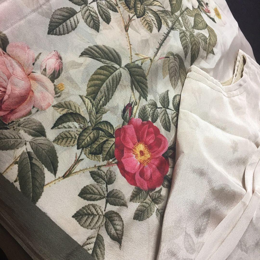 3 4 sleeve silk saree blouse designs playstation  slim tb   million limited edition gold headset