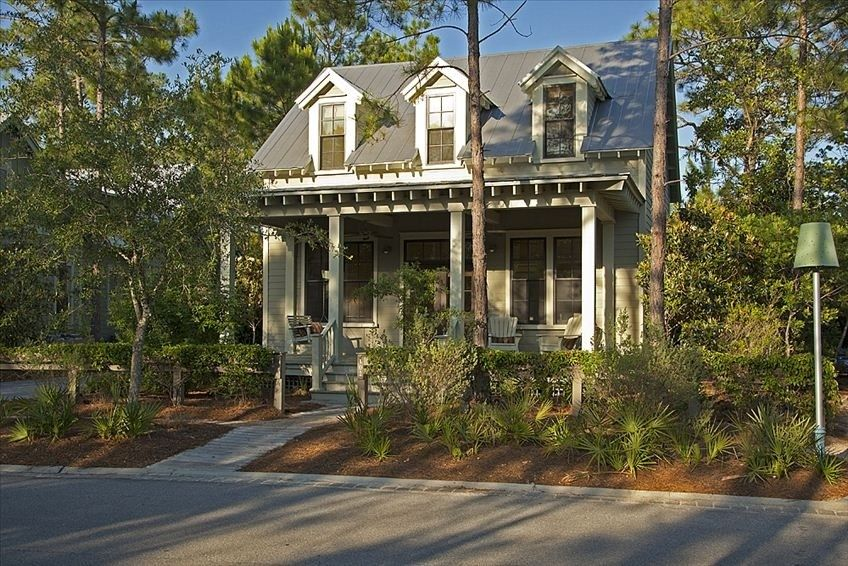 Charming Watercolor Cottage Located In Camp District 0 6 Mile