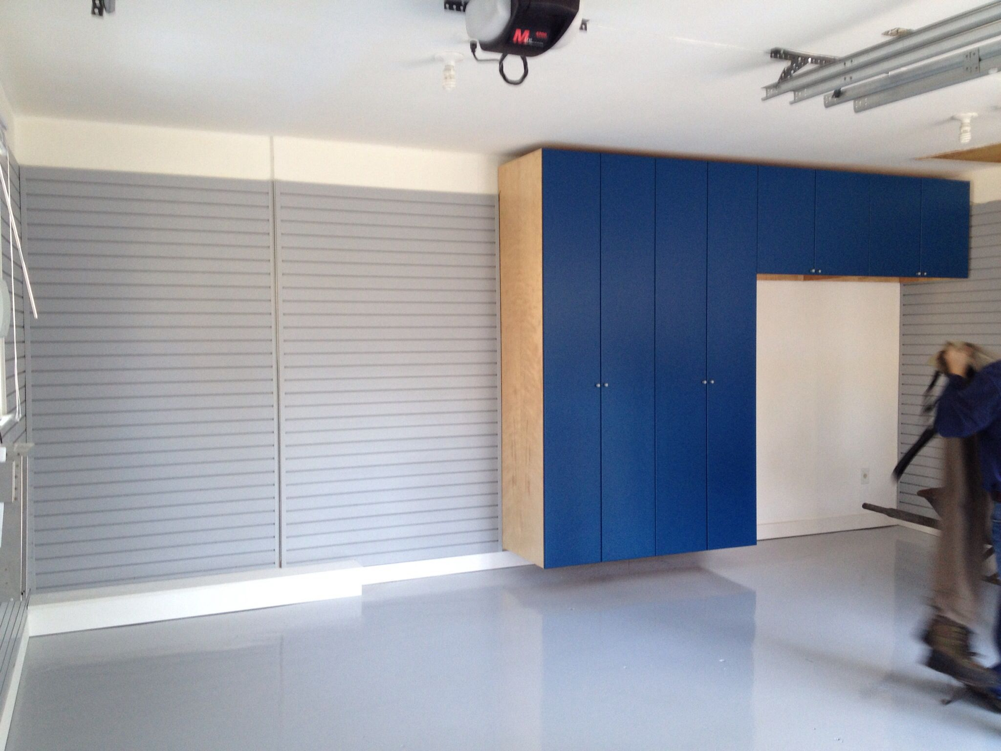 4yourgarage plete makeover of walls floor cabinets