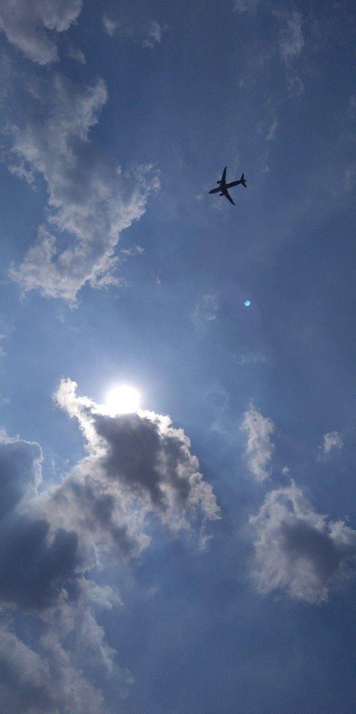 Awan aesthetic ☁️•   Sky aesthetic, Sky photography, Scenery ...