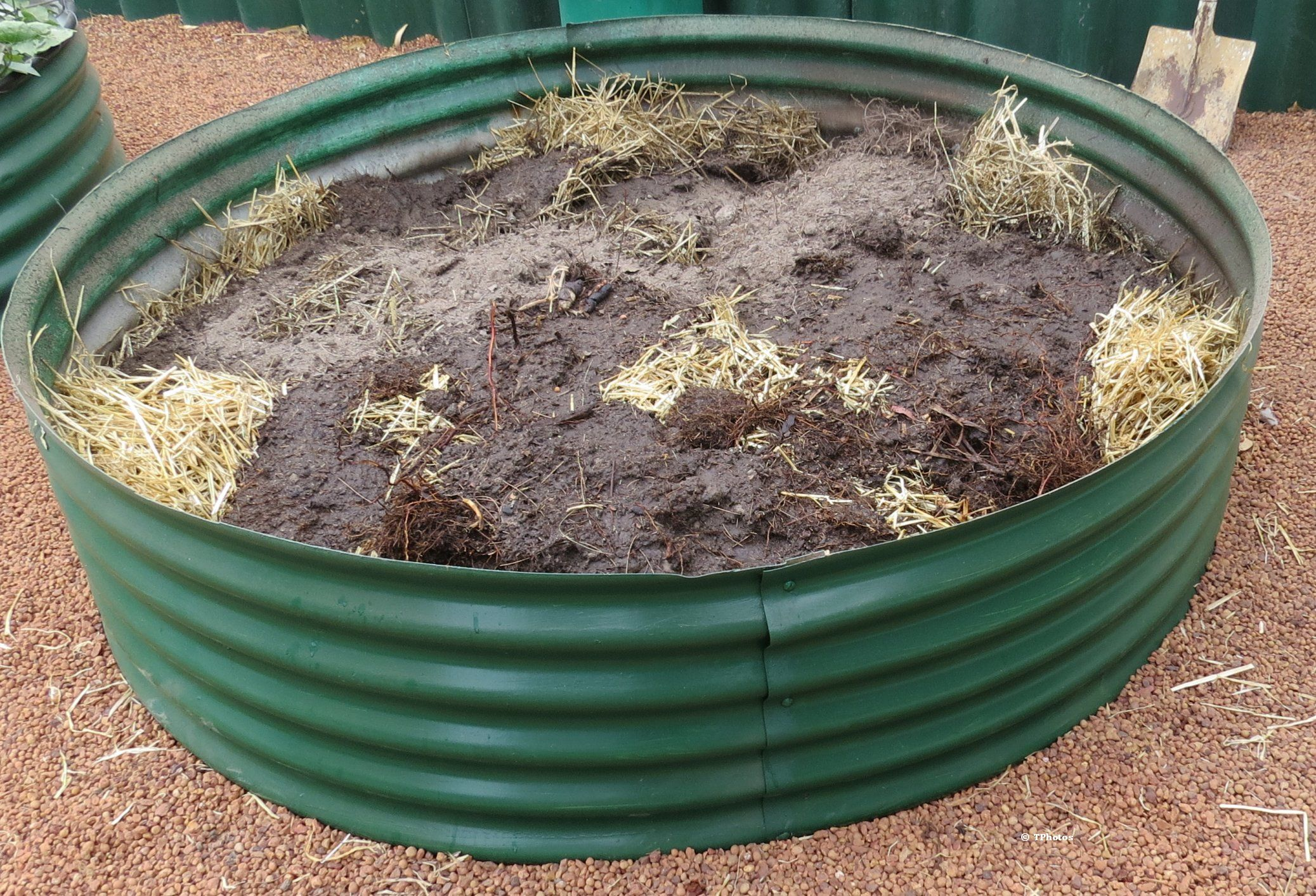 Frugal gardening great ideas for making cheap raised garden beds
