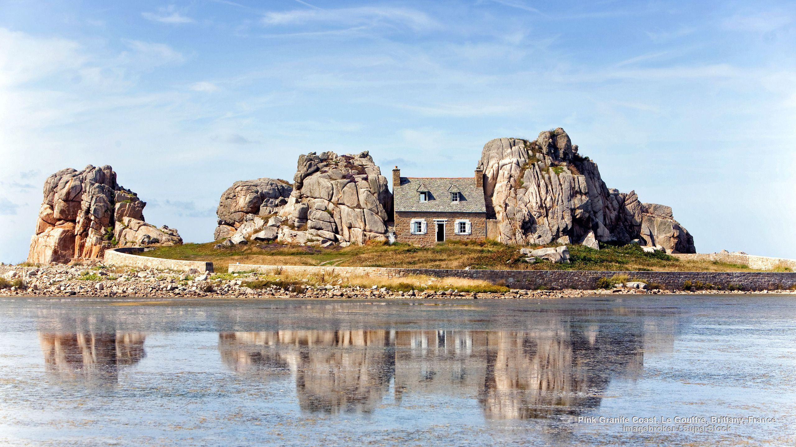 Pink Granite Coast, Le Gouffre, Brittany, France Francia