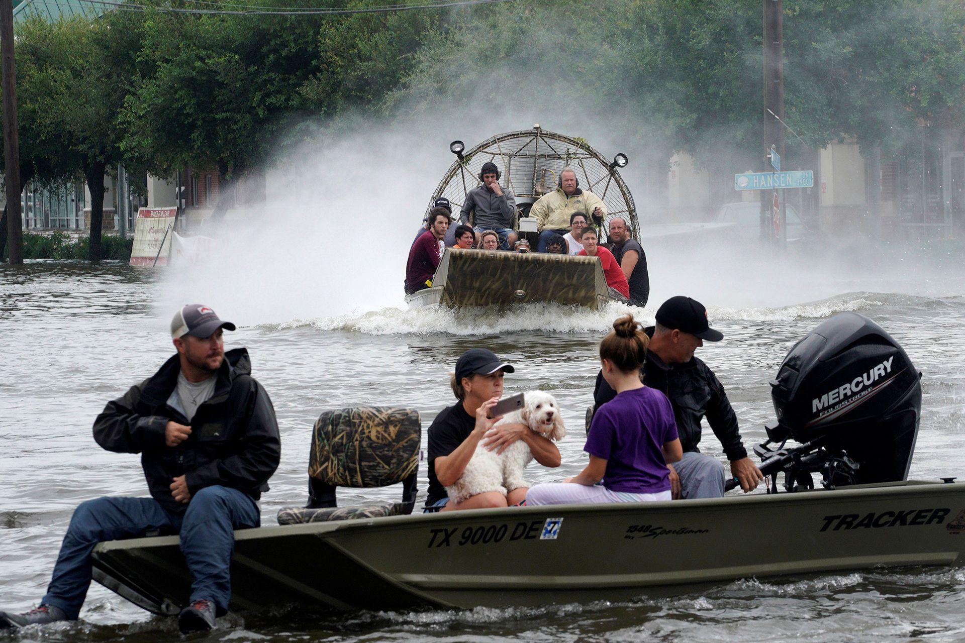 Fox News Texas City Requires No Israel Boycott In Exchange For Hurricane Relief Houston Flooding Texas City Cajun Navy