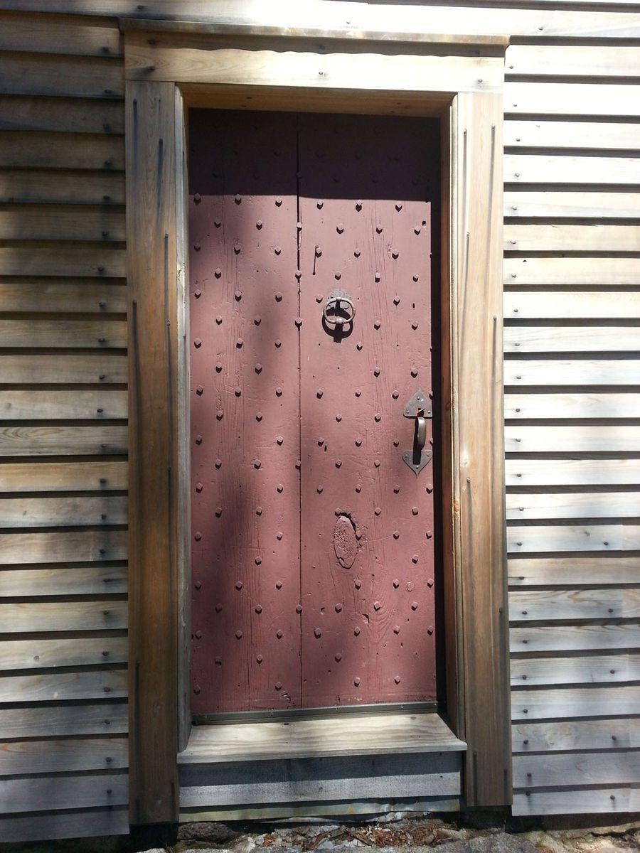 Doors/Entryways.
