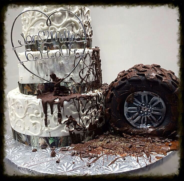 Camo Wedding Reception Ideas: Get A Little Mud On The Jeep Tires Engagement Party Cake