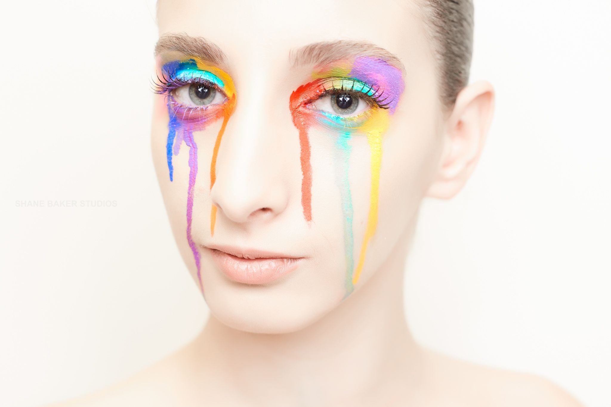 MUA makeupbynalda Model realyanellislinares rainbow