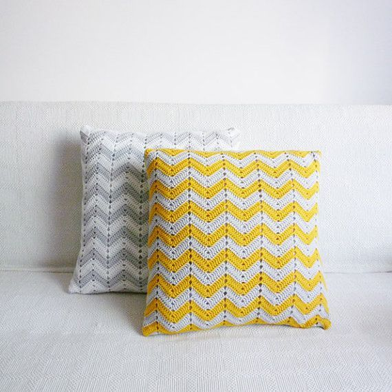 almofada de crochê inspiração | Crochet, Pillows and Crochet pillow