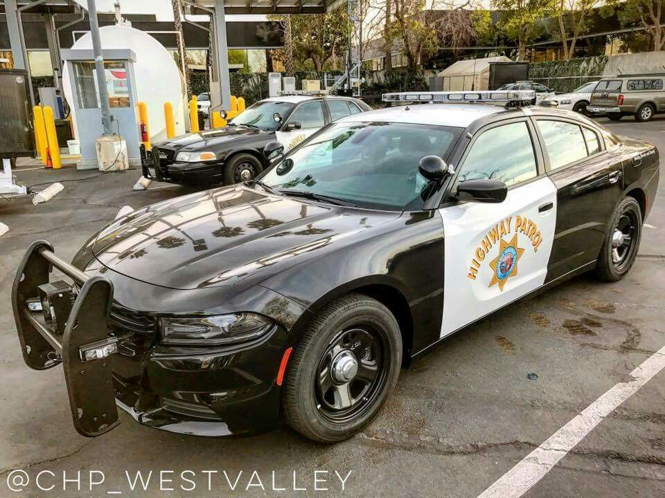 California Highway Patrol Dodge Charger With Images Police