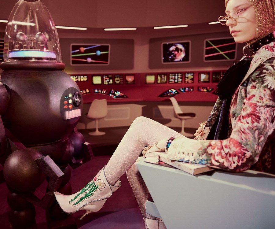 64f72a68e5d27 Gucci alessandro michele glen luchford sci-fi aliens