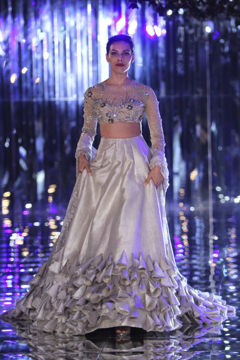 Manish Malhotra | India Couture Week 2017 #manishmalhotra #ICW2017 ...