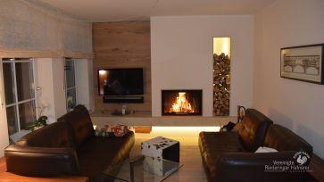 die besten 25 heizkamin ideen auf pinterest kaminfeuer kamin wohnzimmer und feuerstelle kamin. Black Bedroom Furniture Sets. Home Design Ideas