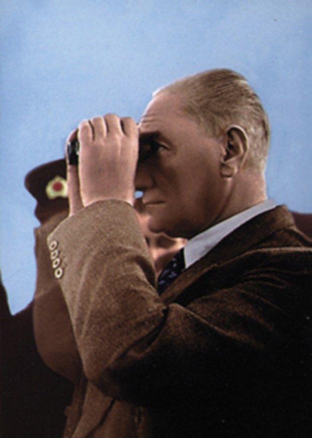 Photo of Genelkurmay'dan renkli Atatürk fotoğrafları