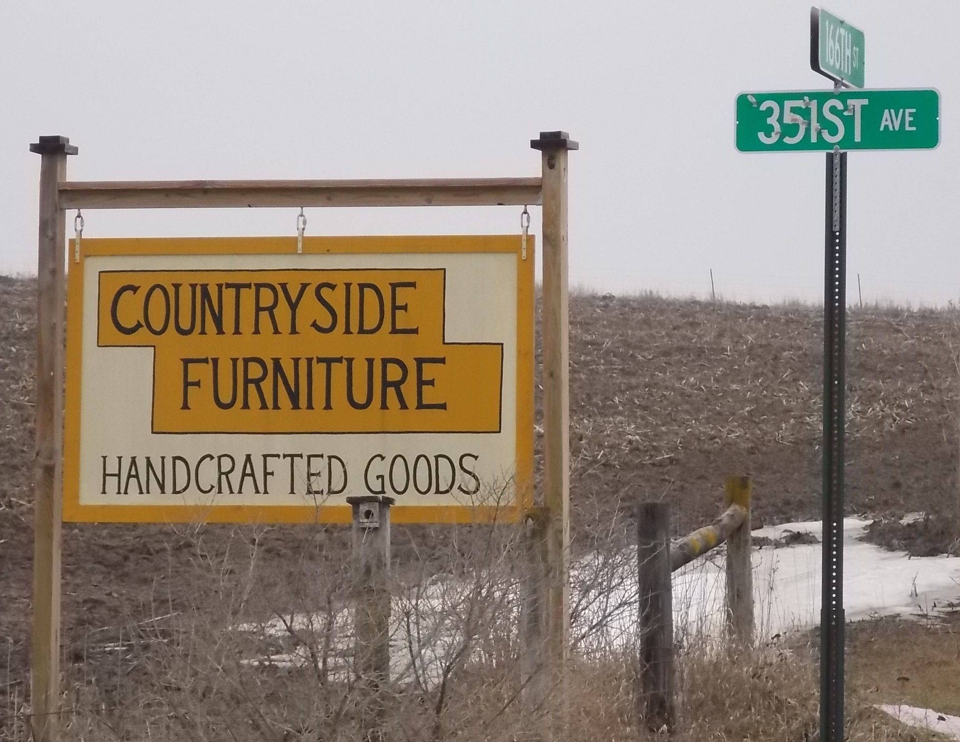 Dennis & Mary Hershberger- Amish Furniture & hand crafted