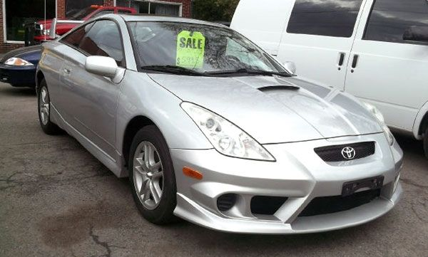 Get A Cheap Used Sports Car Toyota Celica Review - Affordable used sports cars
