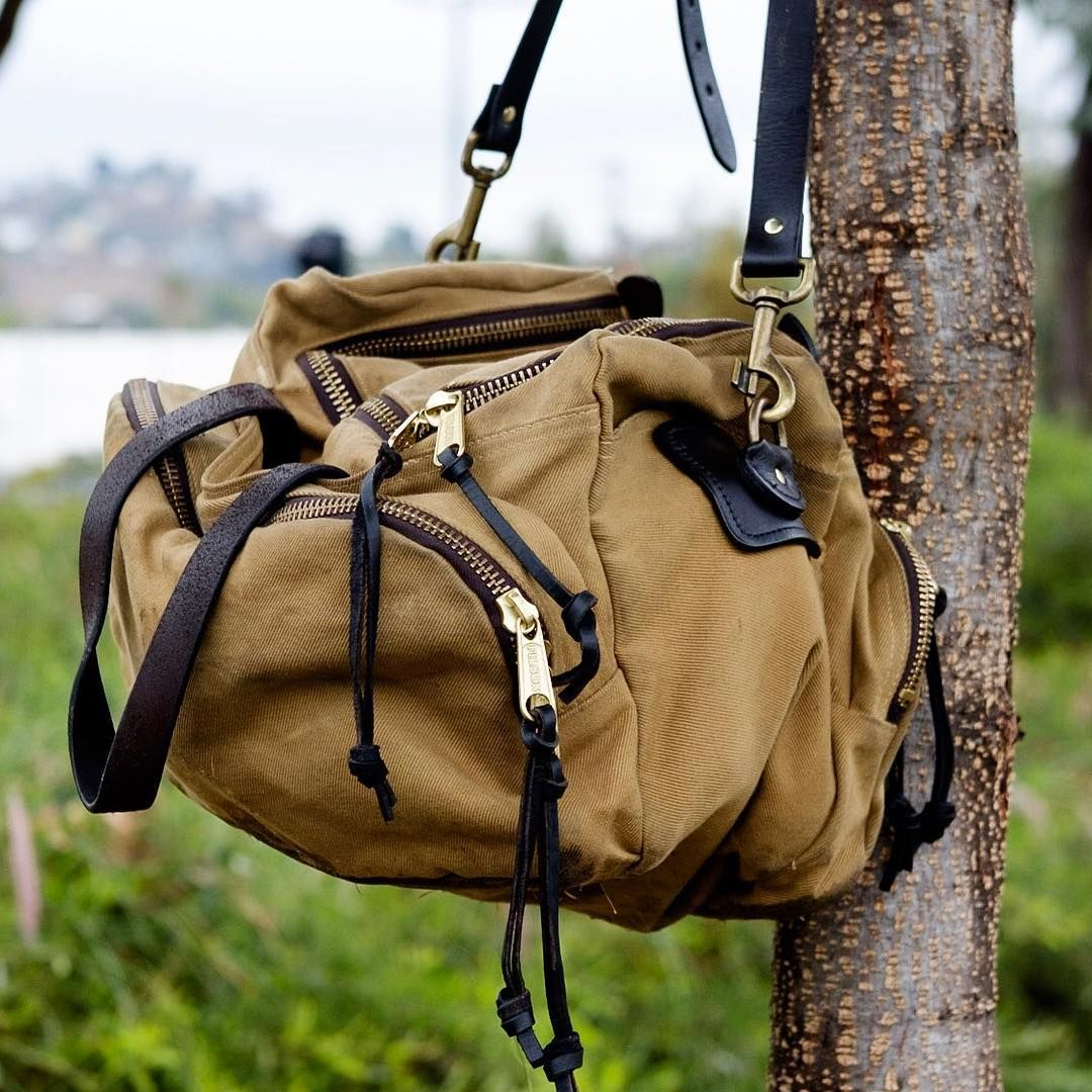 6aec6987ab Owning both the Filson Small Duffle 220 and Sportsman 266