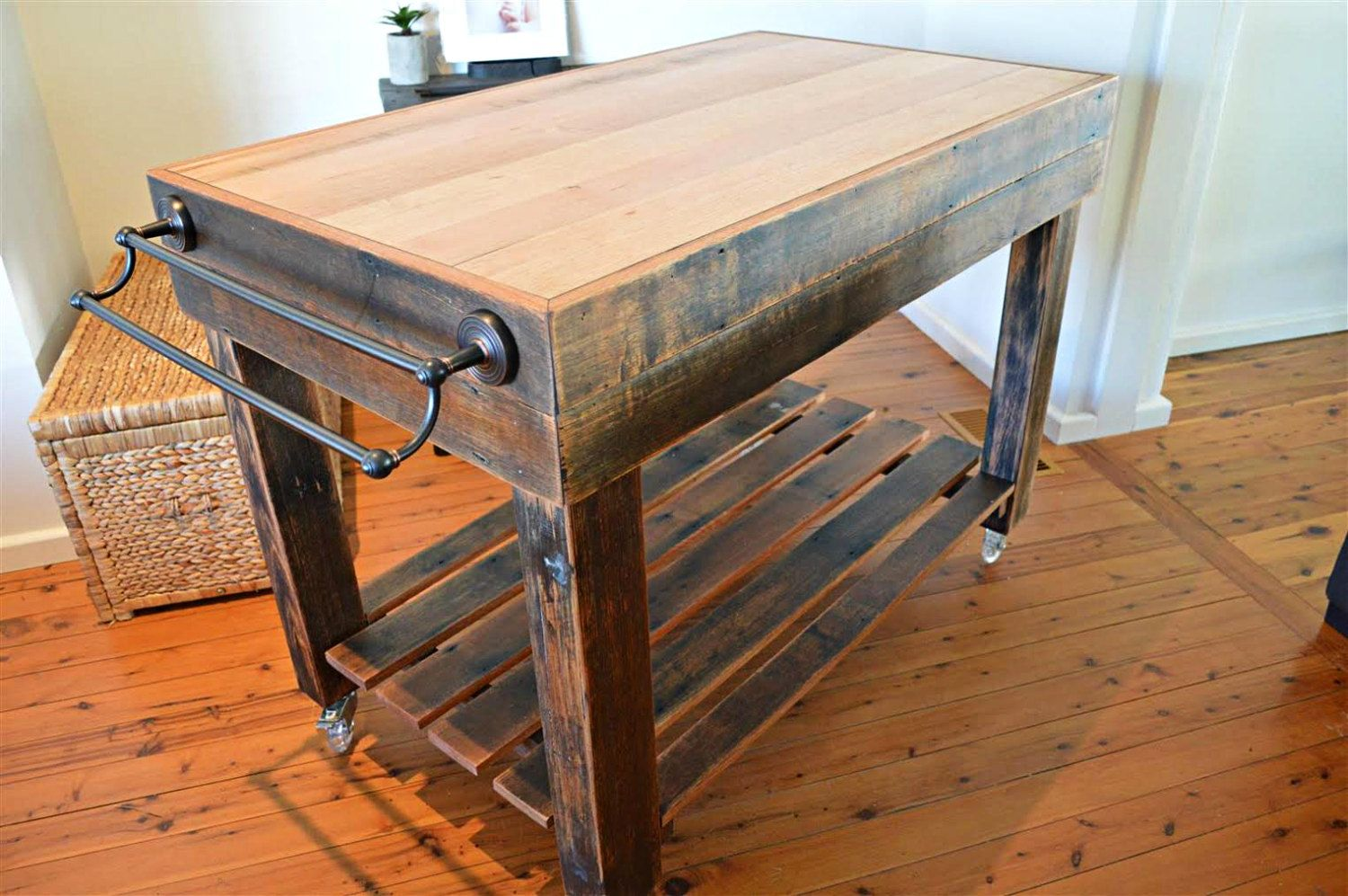 Butchers Block Style Island Bench Rustic On Castor Wheels Inbuilt Knife Block And Towel Rail Made To Order In Australia Kitchen Rustic Kitchen Island Diy Kitchen Island Kitchen Island Bench