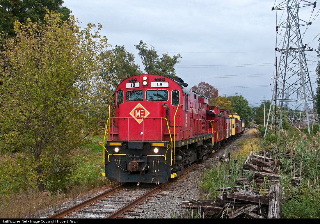 RailPictures.Net Photo: ME 18 Morristown & Erie Railway Alco C424 at East Hanover, New Jersey by Robert Pisani