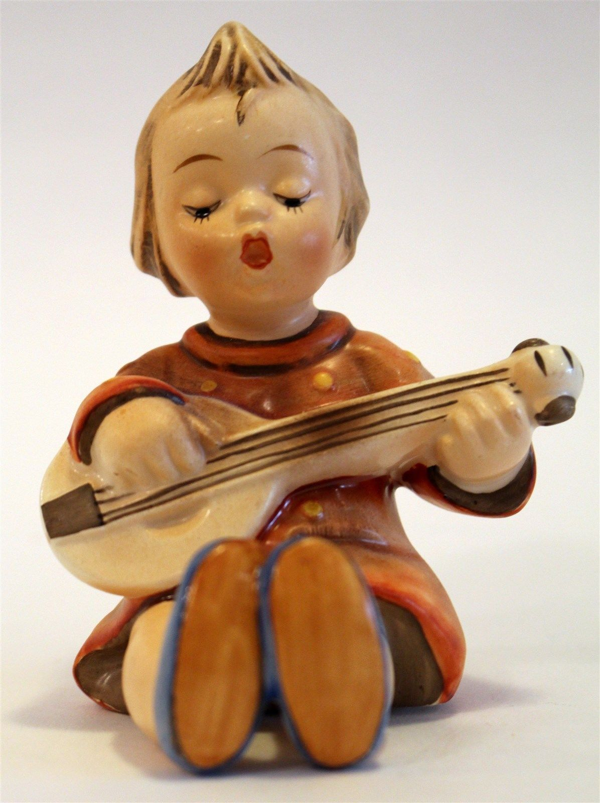 hummel figurines -- Antique Price Guide | Hummel figurines ...