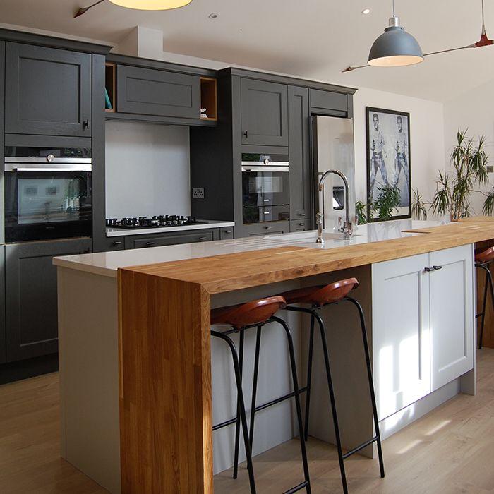 Shaker Kitchen With Oak Breakfast Bar Kitchen Decor Modern White Wood Kitchens Kitchen Inspirations