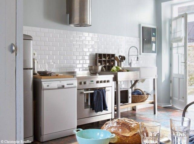 Une Maison Typique Au Bord De La Mer On En Rêve Carrelage - Cuisine avec carrelage metro pour idees de deco de cuisine