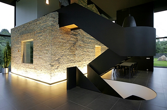 Nice effect to light the lower side of the wall home