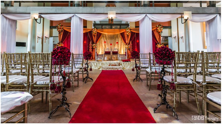 Indoor Mandap At The Cerritos Performing Arts Center Photography Randery Imagery Www Shaadi