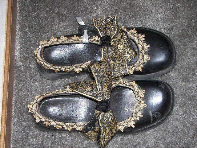Garb shoes. Photo by ladybee | Photobucket