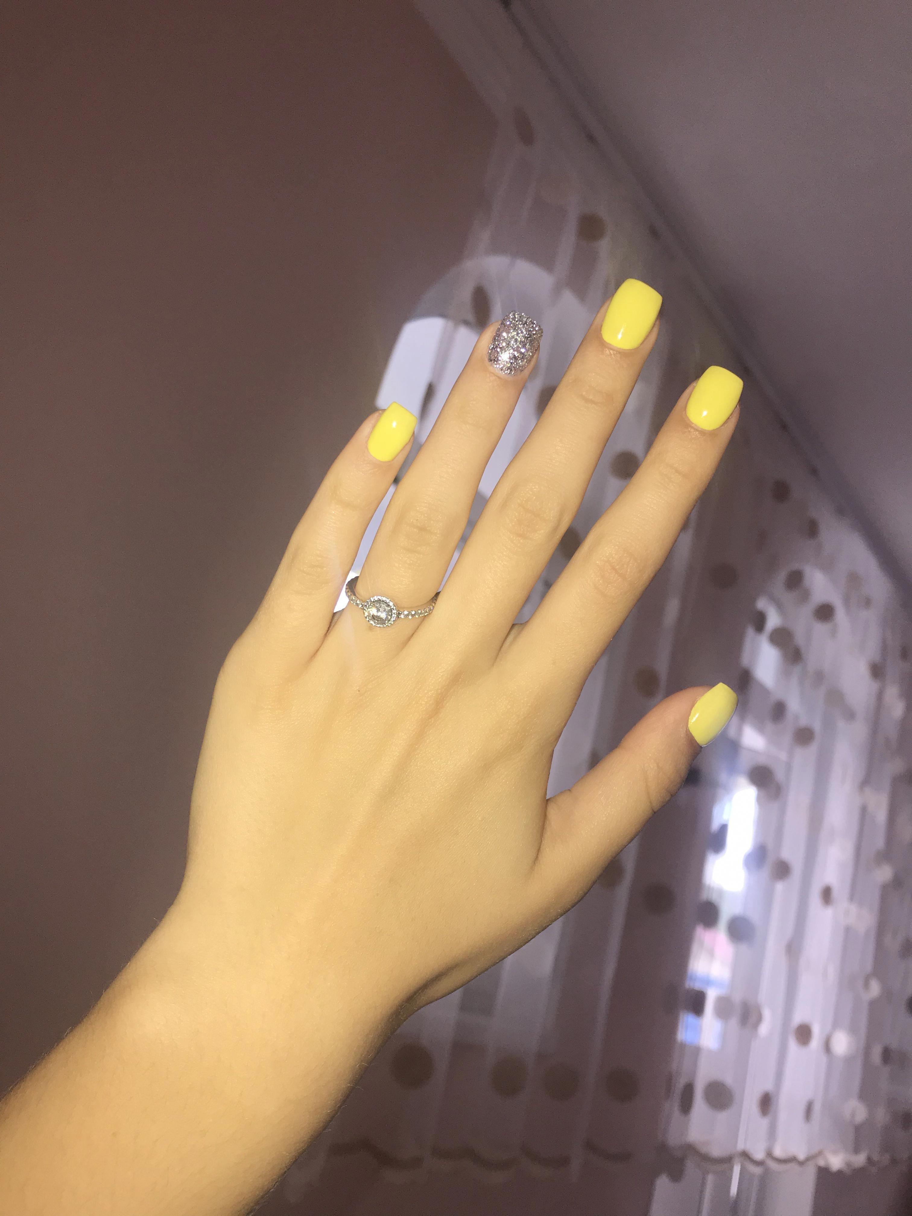 #beautifulacrylicnails | Square acrylic nails, Yellow ...
