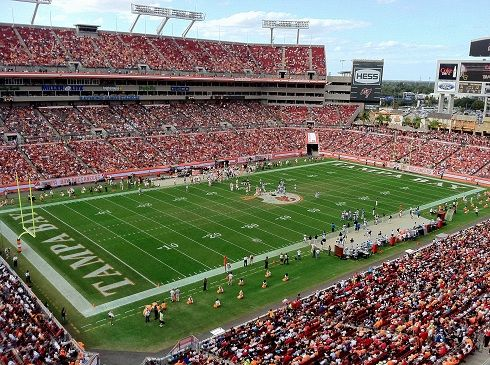 Tampa Bay Buchaneers Raymond James Stadium Tampa Bay Buccaneers Tampa Bay Buccaneers Football Tampa Bay