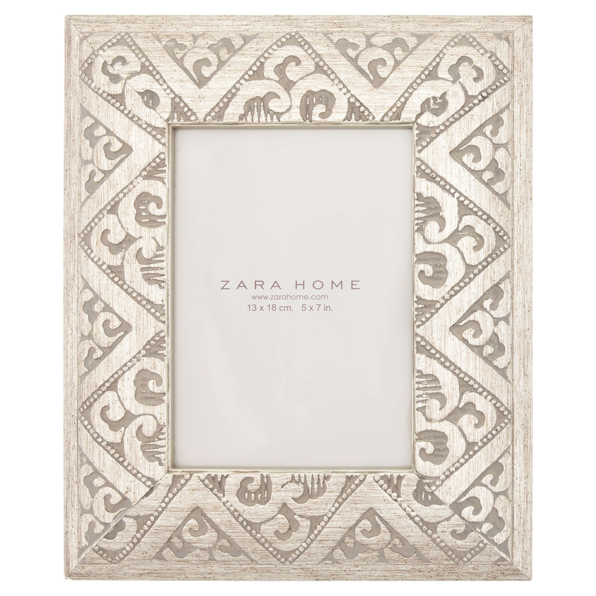 ef47119e4b32 Zara Home New Collection. Carved Wood Frame - Frames - Decor