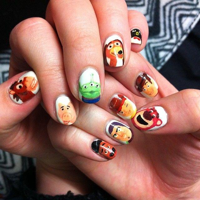 26 Incredibly Detailed Nail Art Designs Toy Story Nails Disney