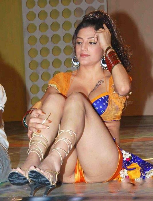 Shruti Hassan Leaked Panty Photo