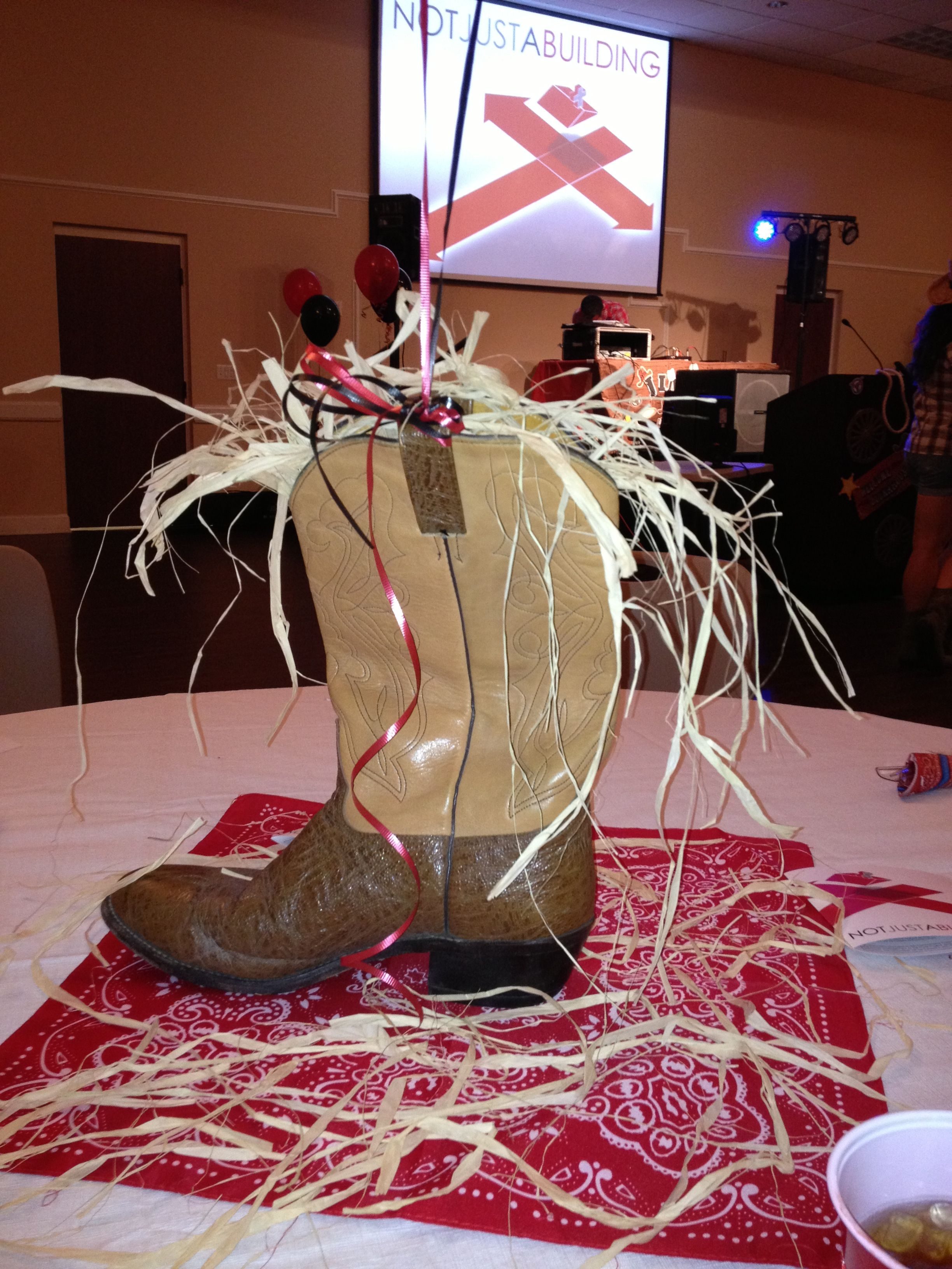 cowboy western party table centerpiece