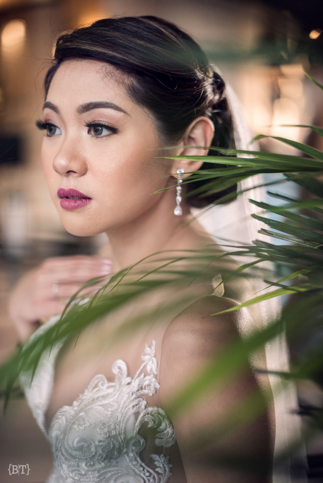 Benjie Tiongco Photography Fresh Bridal Hair And Makeup Joan Quizon Weddingdetails Weddinghairst Bridal Hair And Makeup Classy Wedding Wedding Trends