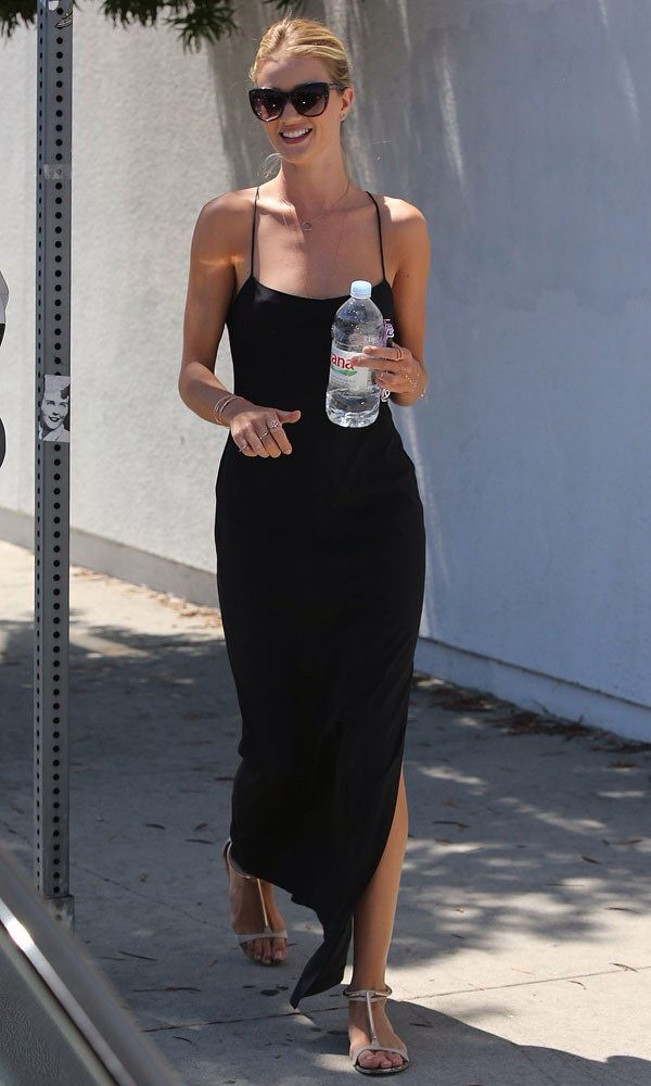 4edeb1b9191 Rosie Huntington-Whiteley (July 2014) Celebrity Summer Style