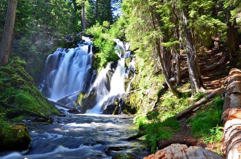 national creek falls waterfall crater lake oregon #craterlakeoregon
